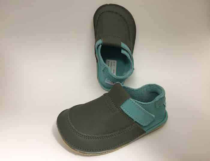 baby bare shoes foggy