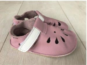 baby bare shoes front perforation candy