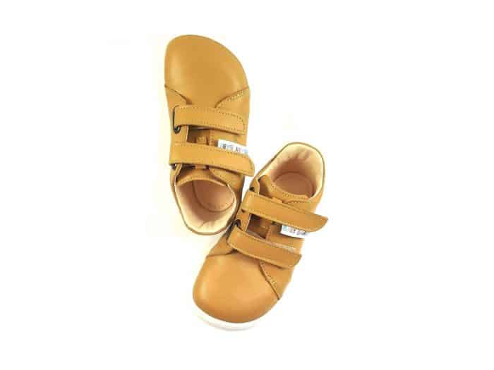 baby bare shoes spring kayak