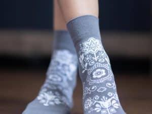 barefoot ponozky belenka folk sive