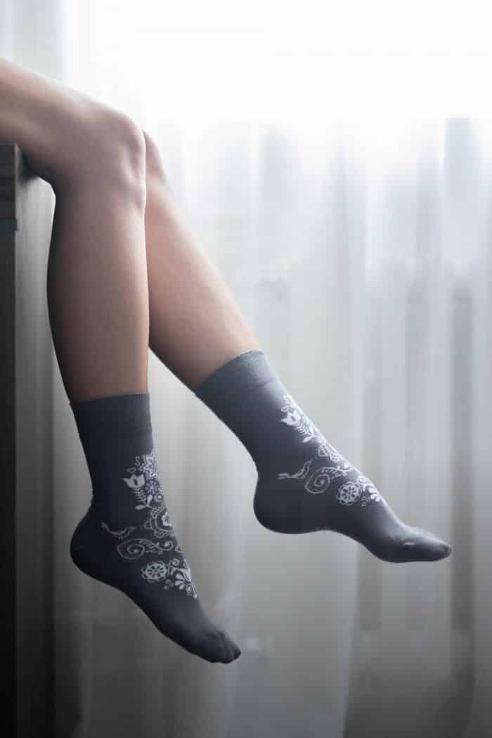Barefoot ponožky - BeLenka - Folk - sivé 1