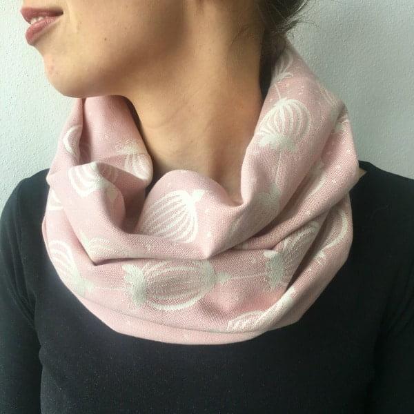 bavlneny salik poppy powder pink