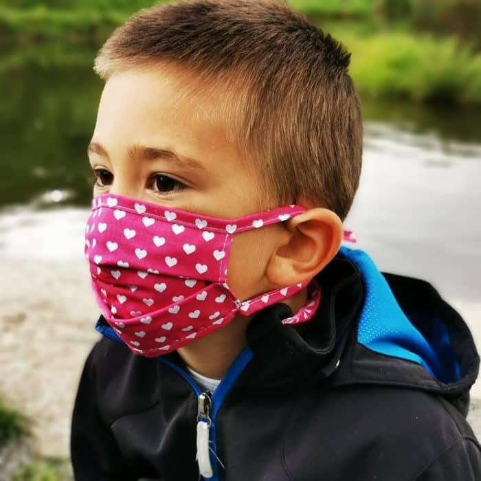 Detské bavlnené rúško - Srdiečka - šnúrky 1