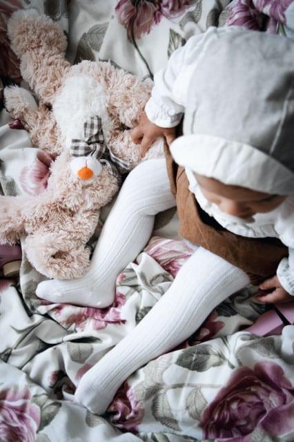 Jeej DESIGN - Vrúbkované pančuchové nohavice Cream 1