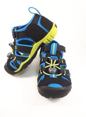 Sandále KEEN - SEACAMP II CNX Y - Black/Brilliant Blue veľ. 32/33-36 2