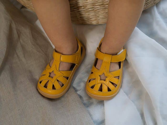 Little Blue Lamb - Panga Yellow - Sandálky 4
