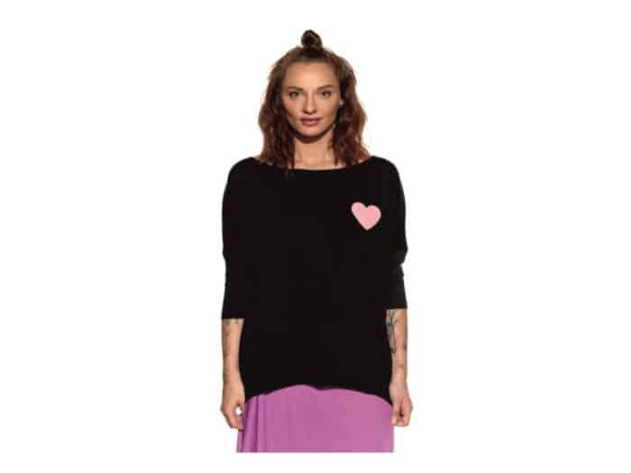 Pískacie - Tričko s dlhým rukávom - Čierne s ružovým srdcom - Dámske 1