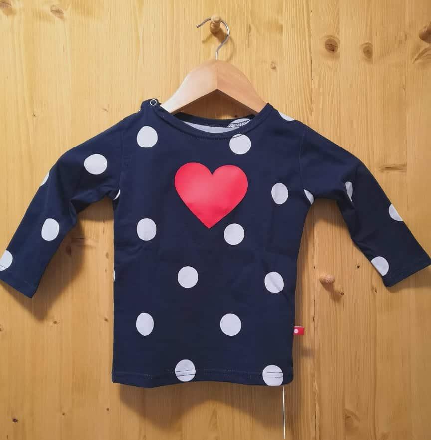 55885a650409 Home eShop Oblečenie Tričká (dlhý rukáv) Pískacie – tričko s dlhým rukávom  – Červené srdiečko s guľkami – modré