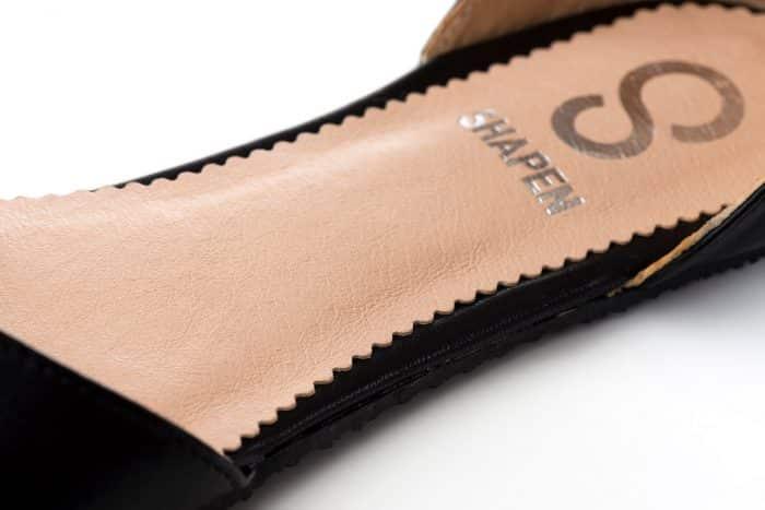 SHAPEN - Barefoot sandálky POPPY II - Black 3