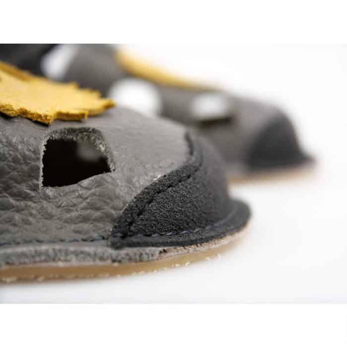 Tikki shoes - Sandále - NIDO Milo 4
